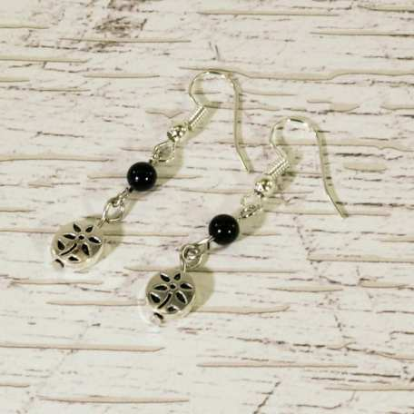 EK01017 Silver Flower and Black Bead Earrings