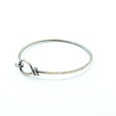 SS hoop bracelet white background_1_101118
