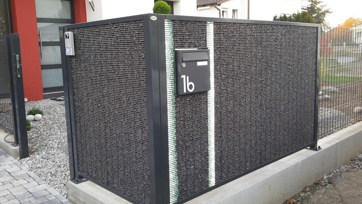 Gabion avec boite à lettres encastrée et LED