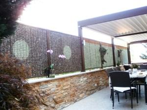 Panneaux modulaires en pierres pour terrasse