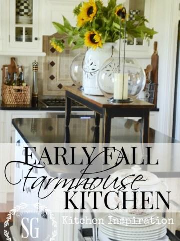 EARLY FALL FARMHOUSE KITCHEN