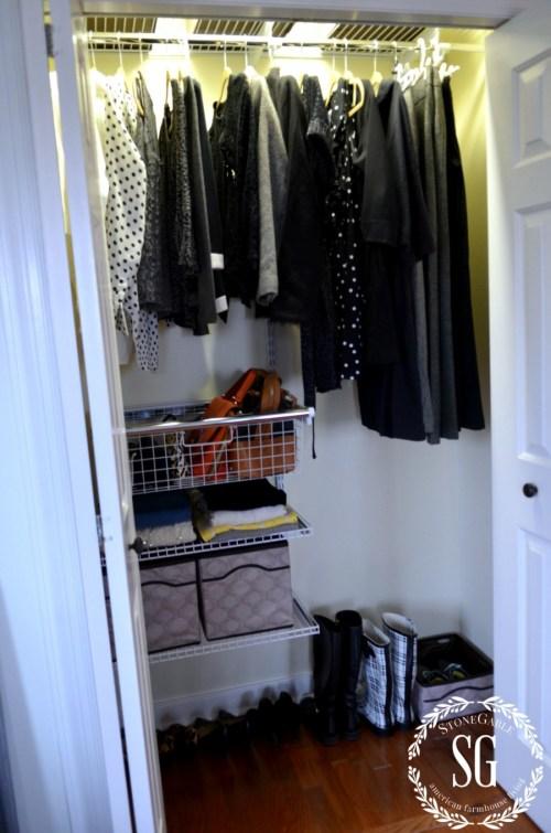 CLOSET SYSTEM-organized closet-stonegableblog.com
