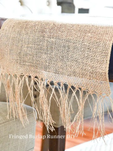 BURLAP FRINGED TABLE RUNNER DIY