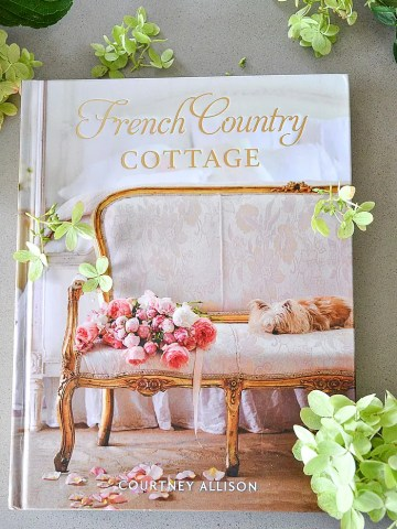 BEAUTIFUL FRENCH COUNTRY COTTAGE