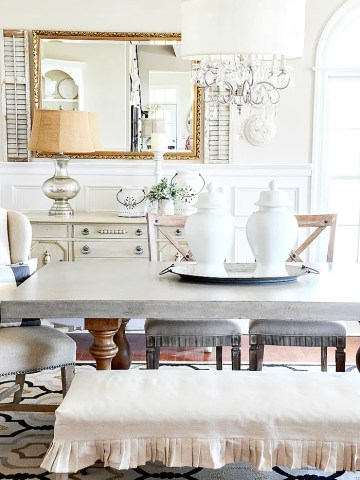 WHAT TO PUT ON YOUR DINING ROOM TABLE