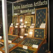 Indian Artifact Arrowhead Display 003