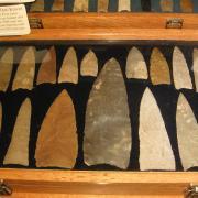 Indian Artifact Arrowhead Display 011