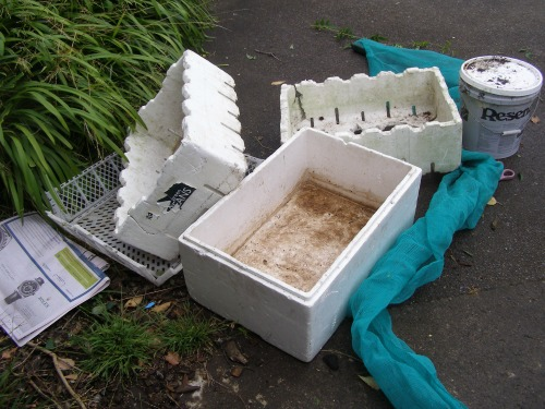 Making a worm farm out of ppolystyrene boxes