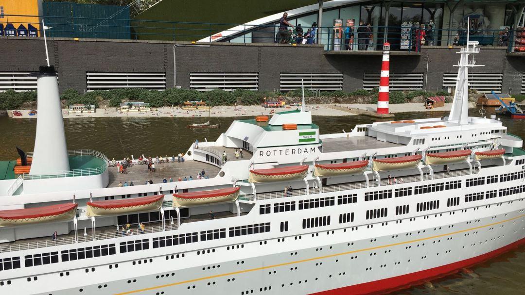 Het ss Rotterdam in Madurodam