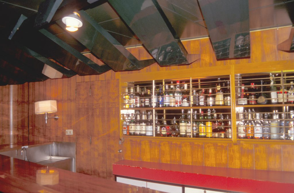 rdm300-tropic-bar-plafond-koene-5120063