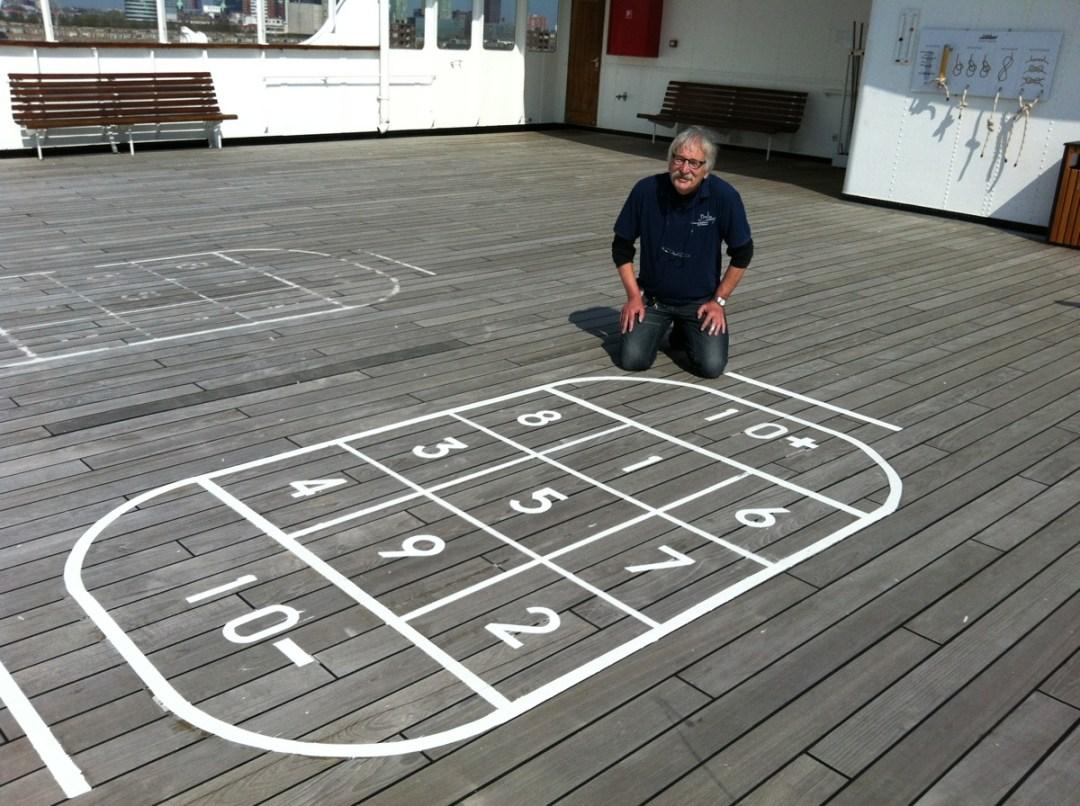 shuffleboard-aart