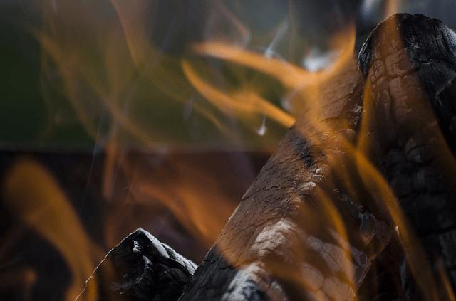 Si tu chimenea hace humo no te conformes llama a - Chimenea hace humo solucion ...
