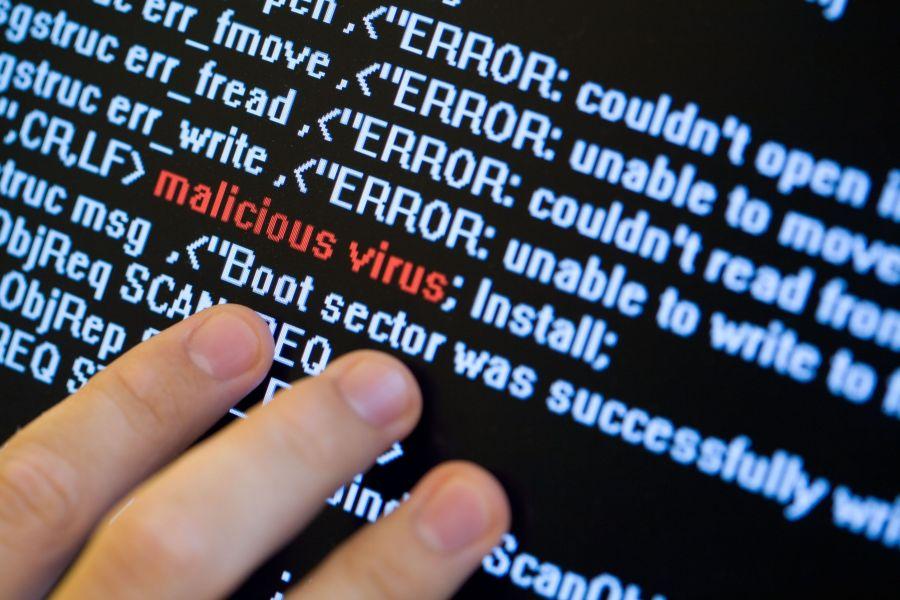 Vizitarea Linkurilor Necunoscute Virus Sau Spyware