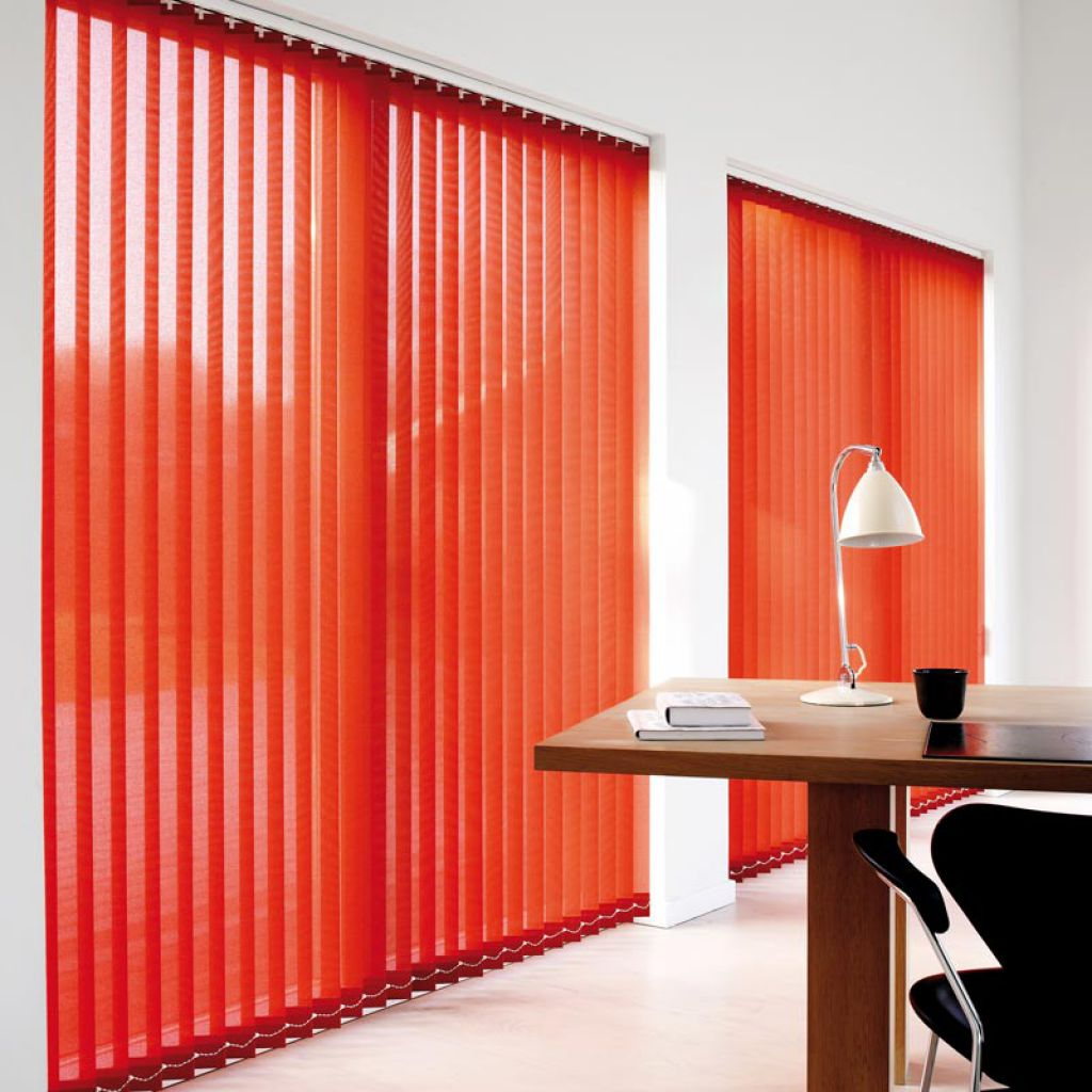 store verticales pour grande baie vitree