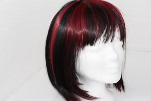 Perücke Kunsthaar rot schwarz