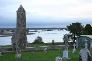 Irland Shannon Grab Friedhof Klosteranlage