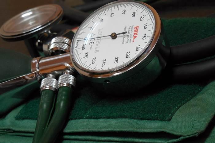Blutdruck messen abnehmen Arzt gesund werden
