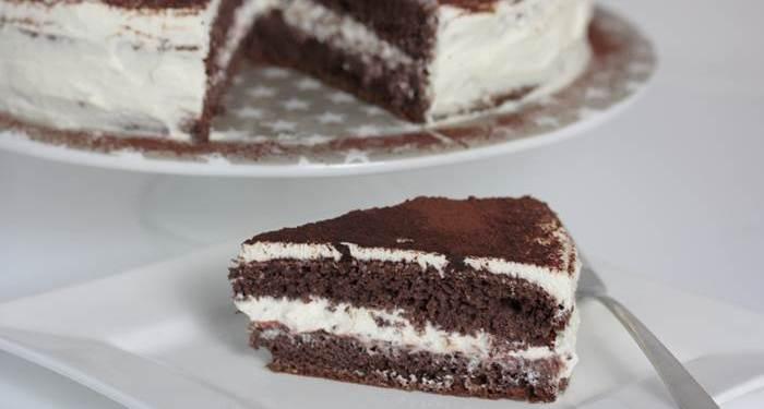 Schoko-Sahne-Torte Kuchenstück