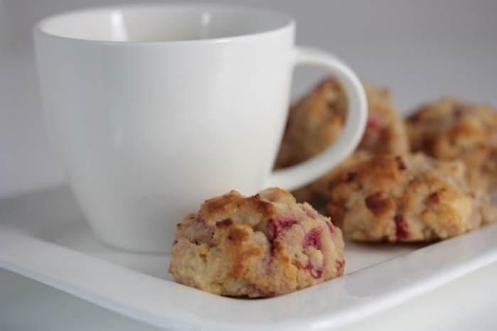 LowCarb - Teekuchen mit Erdbeeren und Rum-Shortcakes-Cookies