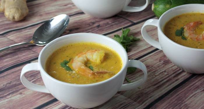 Currysuppe mit Garnelen-low carb-Currysuppe Rezept-Low Carb Suppe