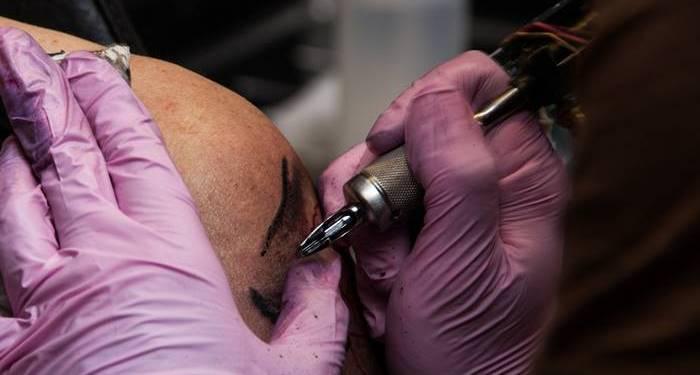 Tattoos-Tätowieren-Tattoo stechen lassen-Tätowierung