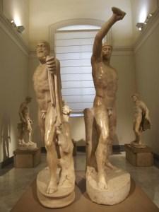 Statua di Armodio e Aristogitone, Napoli. Copia romana di originale greco perduto