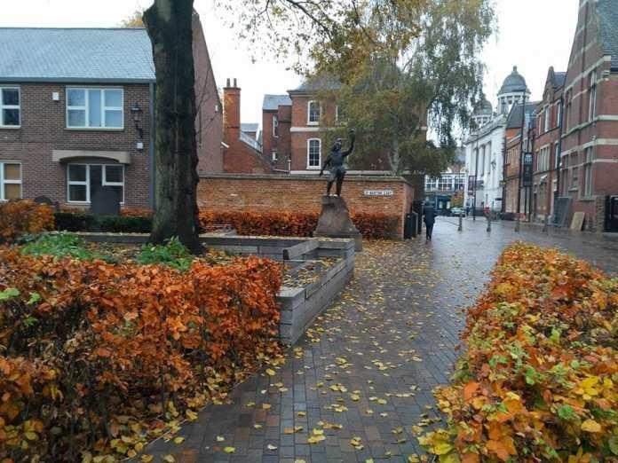 La statua di Riccardo III a Leicester