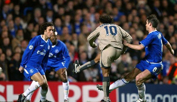 Il balletto di Ronaldinho e quella puntata che fece implodere Stamford Bridge