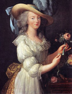 461px-Marie_Antoinette_in_Muslin_dress