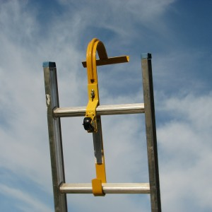 Reinforced Ladder Hook with fixed wheel & swivel bar