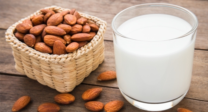 Almonds : Sanjeevani for your health in winter