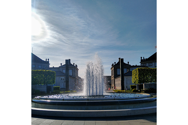The fountain in Amaliehaven on a sunny day