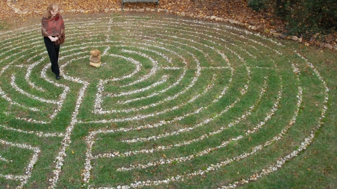 PHOTO CREDIT: U.S. labyrinth teacher, Catherine of Creative Pilgrimage https://www.creativepilgrimage.com/