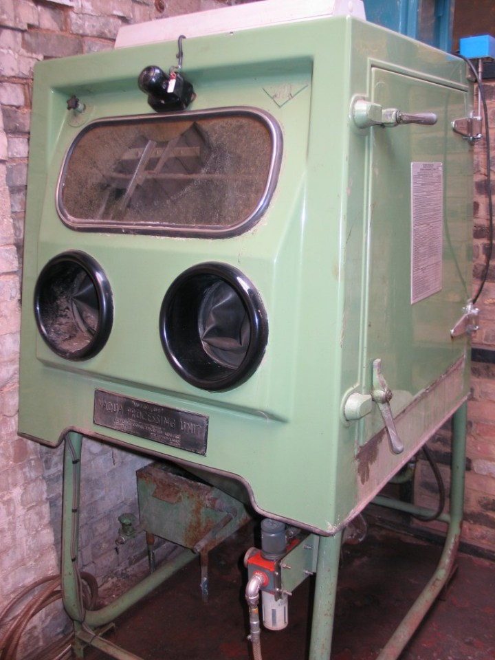Stotfold Engineering S Aqua Blasting Machine Comet Wet Unit Made By Abrasive Developments Limited