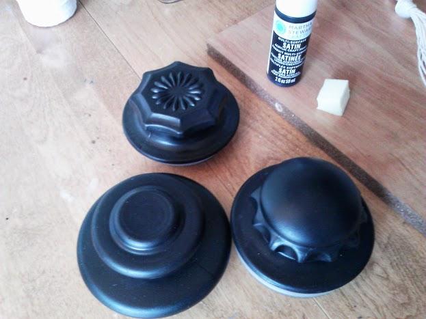 paint-glass-lids