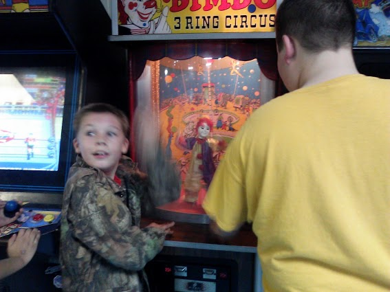 video games-Circus Skate roller rink-Murray Kentucky