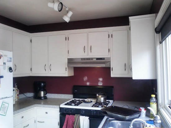 Kitchen with burgundy-before