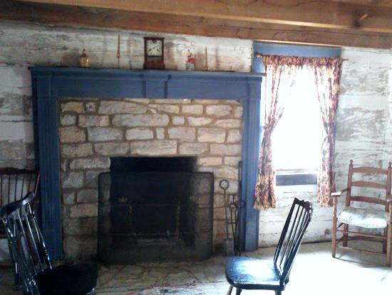 1800-era-fireplace hearth