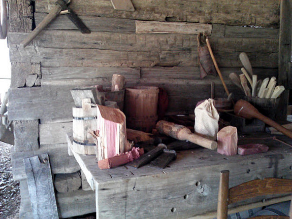 1800s-era-homested-tools