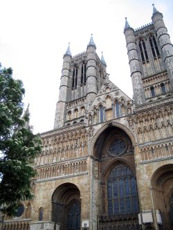 Photo of the outside of Lincoln Cathedral
