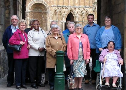 Photo of the group of people who went to Lincoln