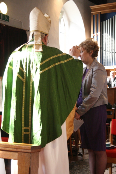 Sue is marked with the cross