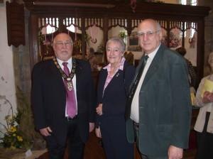Photo: Councillor Bill Wright with Nina and John Hassell