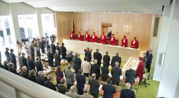 Bundesverfassungsgericht, BVerfG, zweiter Senat, Voßkuhle, Richterbesoldung, Besoldung, R1, R2, R3, R 1, R 2, R 3, Normenkontrollverfahren, Einkommen, Richter, Staatsanwälte, Proberichter
