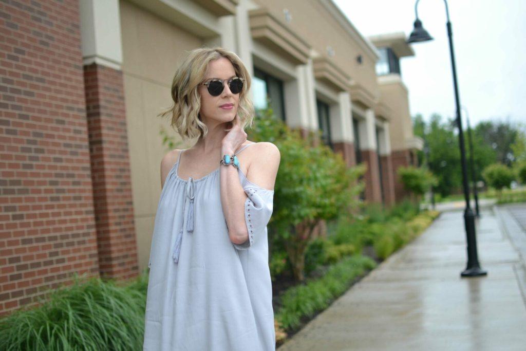 LuLu*s off the shoulder dress, Krewe sunglasses, sandals, closeup