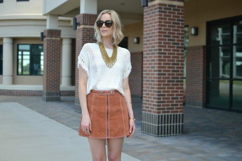 fringe top, gold bib necklace, suede skirt