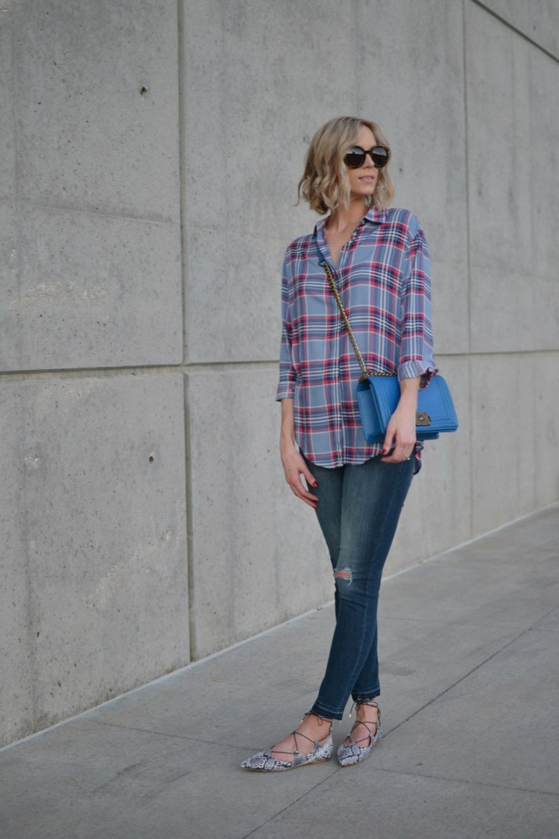 plaid shirt, jeans, blue bag, snakeskin flats