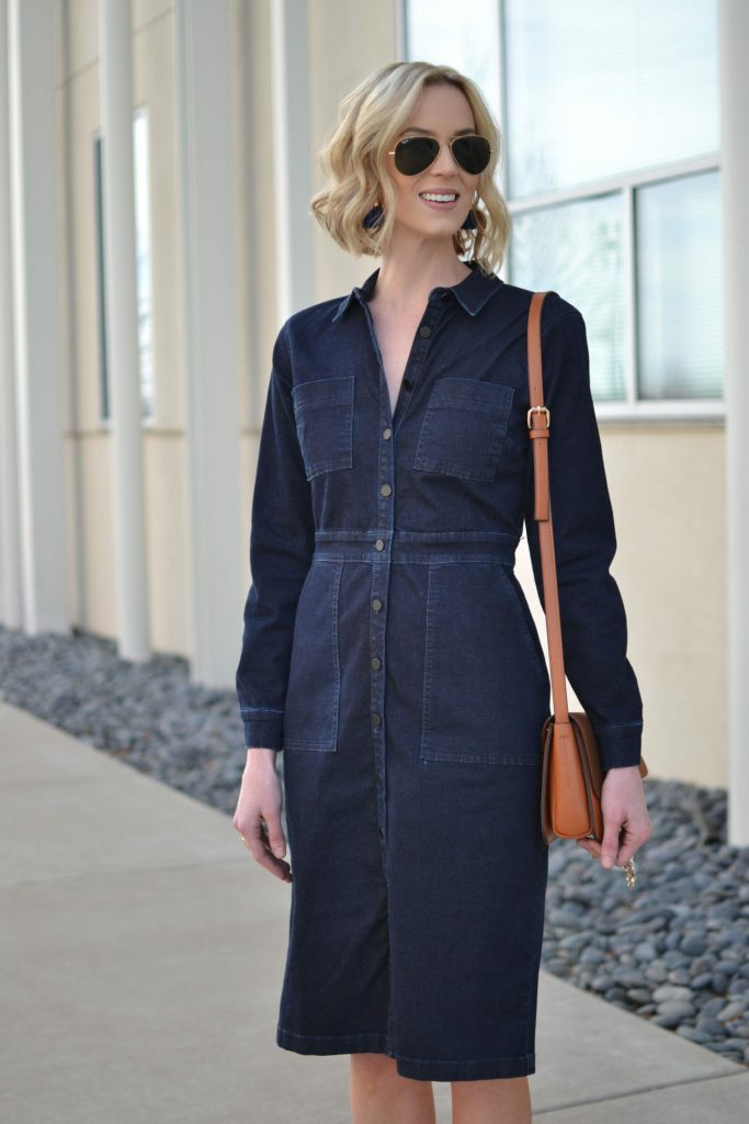 tailored denim dress, chloe dupe bag, patchwork ankle boots, booties, Ray-Ban aviators, seventies style, denim, retro, midi dress, boots