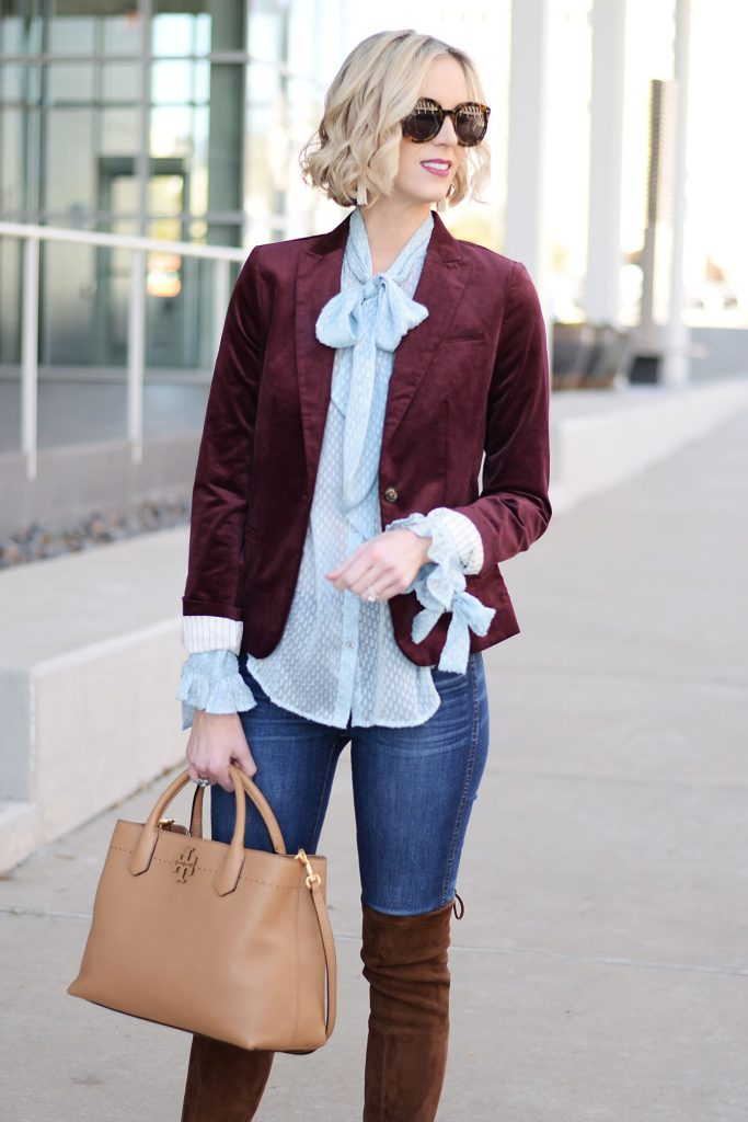 blue and burgundy together, velvet blazer, jeans, tory burch satchel