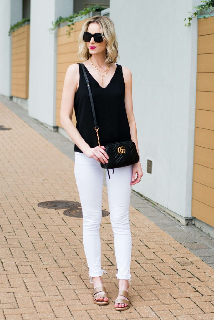 easy black and white outfit